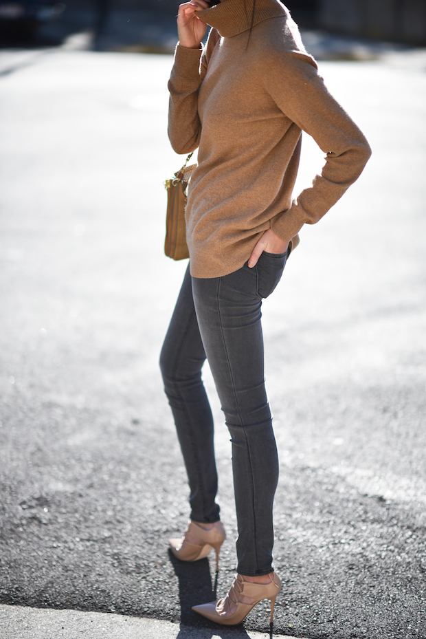 jbrand gray jeans everlane cashmere turtleneck