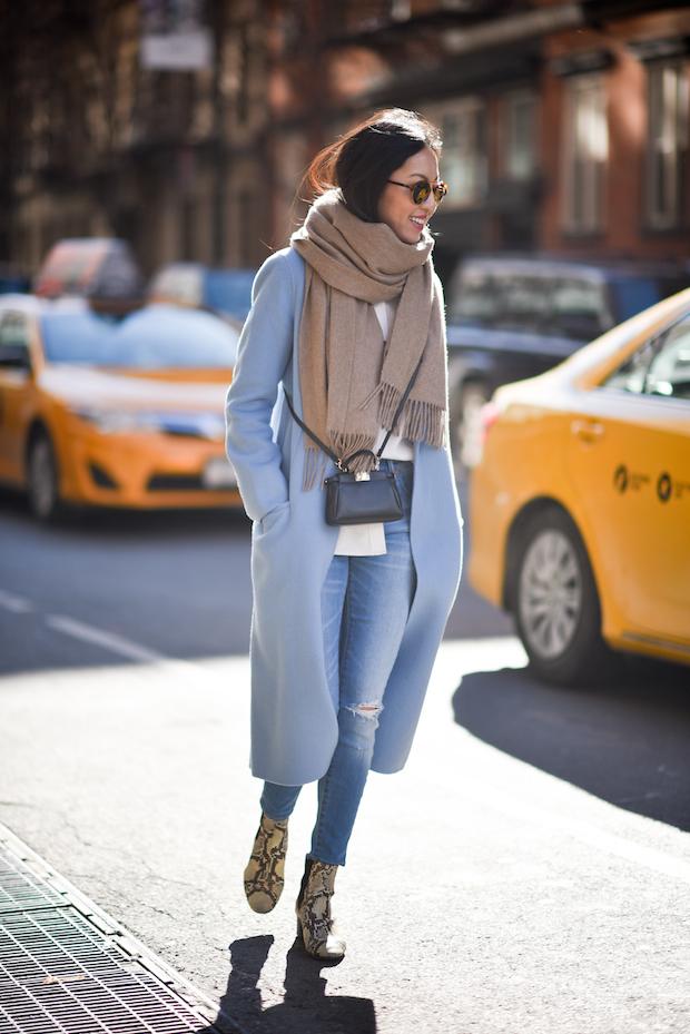 blue-coat-winter-outfit-ideas