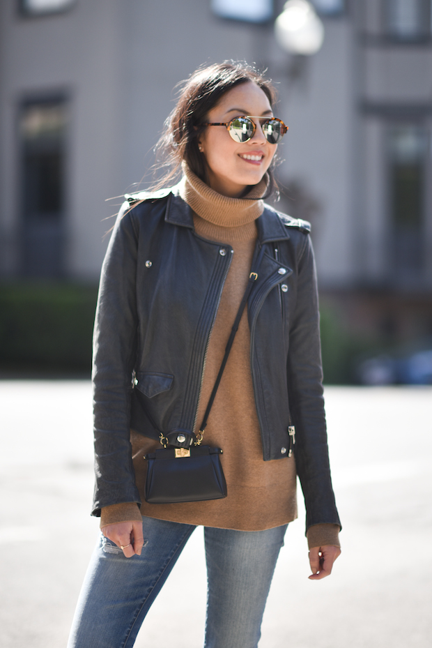 leather-jacket-turtleneck-outfit