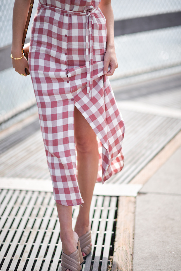 gingham-dress-for-spring-2