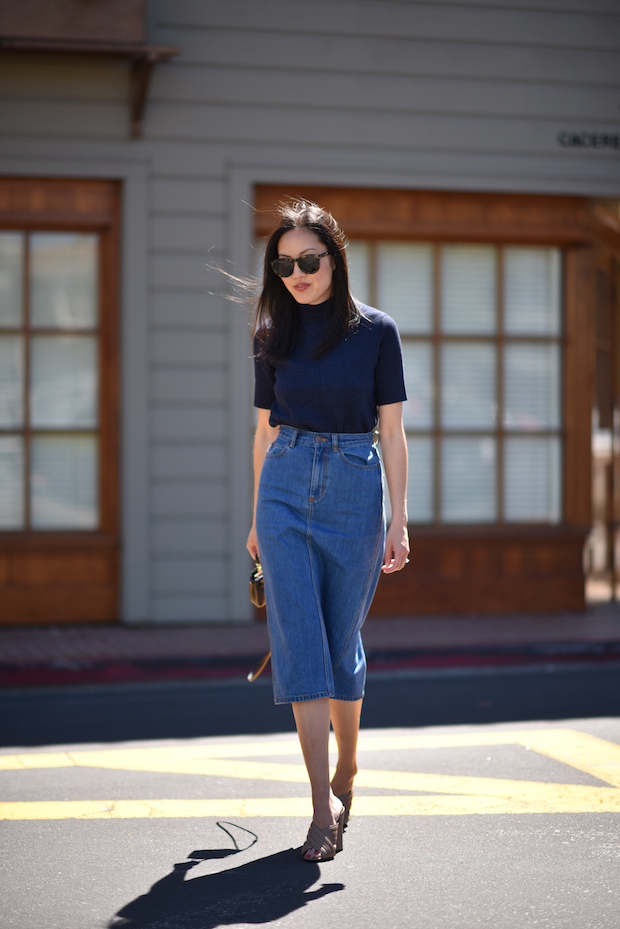 high-waisted-denim-skirt-spring-outfit