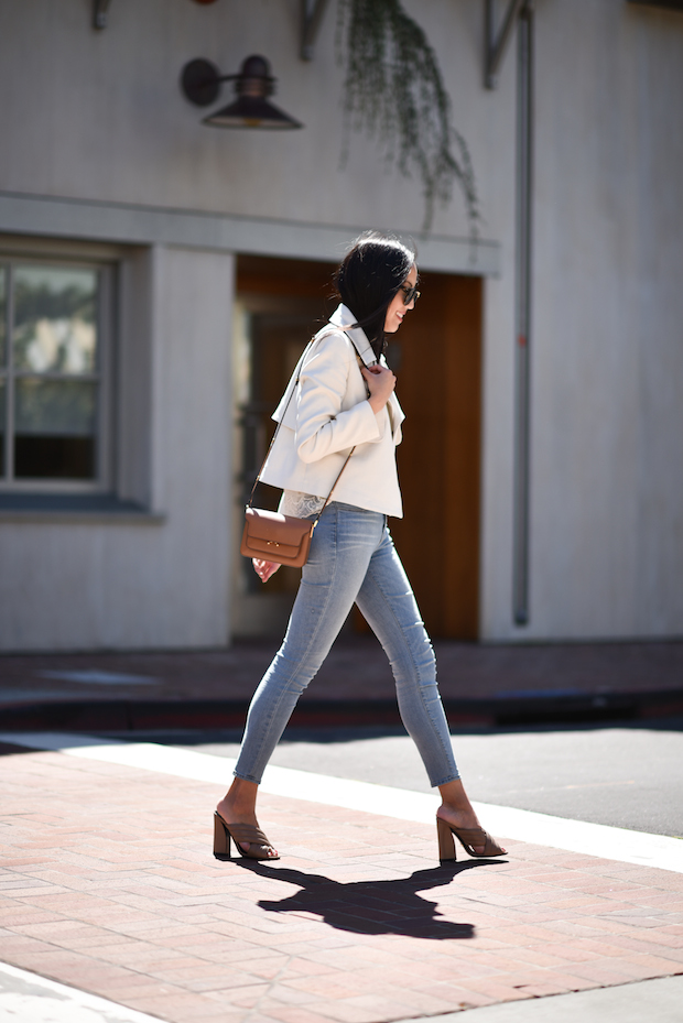 white-cropped-trench-cuyana-jeans-jbrand-outfit