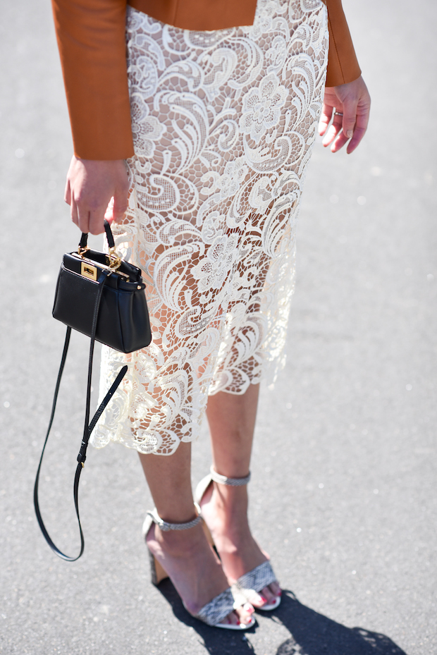 white-lace-dress-for-spring