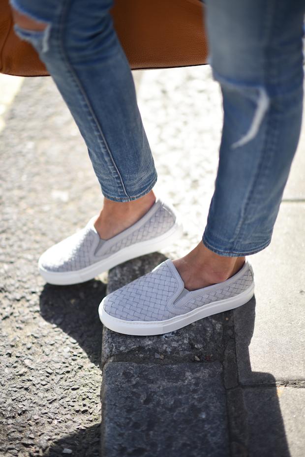 denim-on-denim-mgemi-sneakers-4