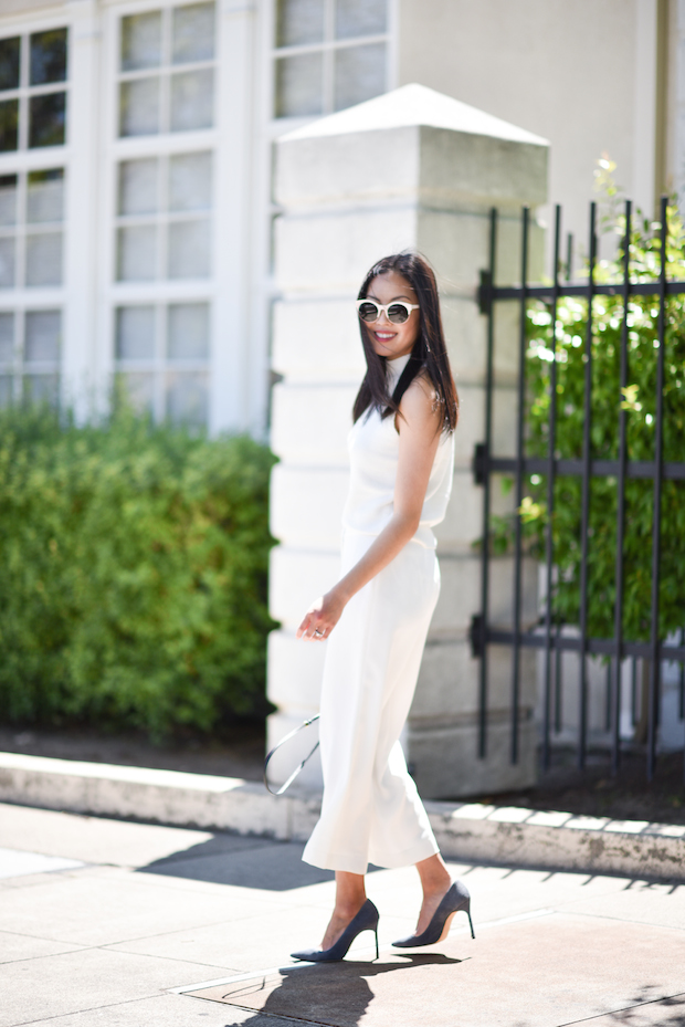all-white-summer-work-outfit-3