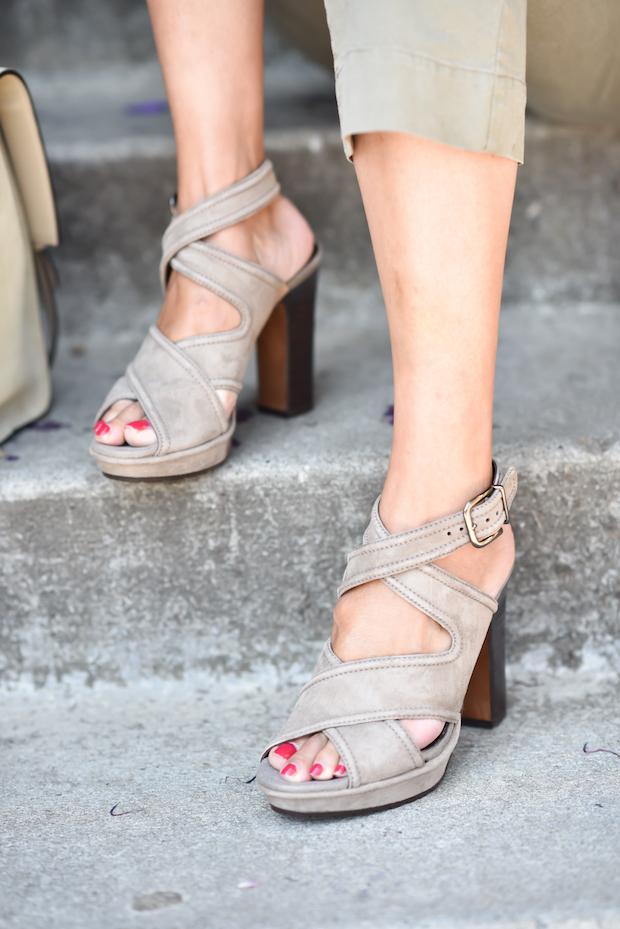 donald-j-pliner-sandals-3