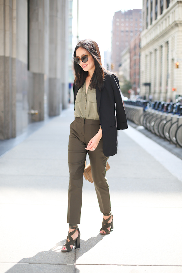express-olive-and-black-3