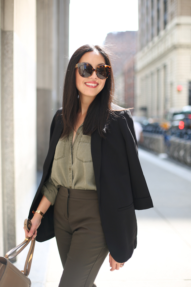 express-olive-and-black-1