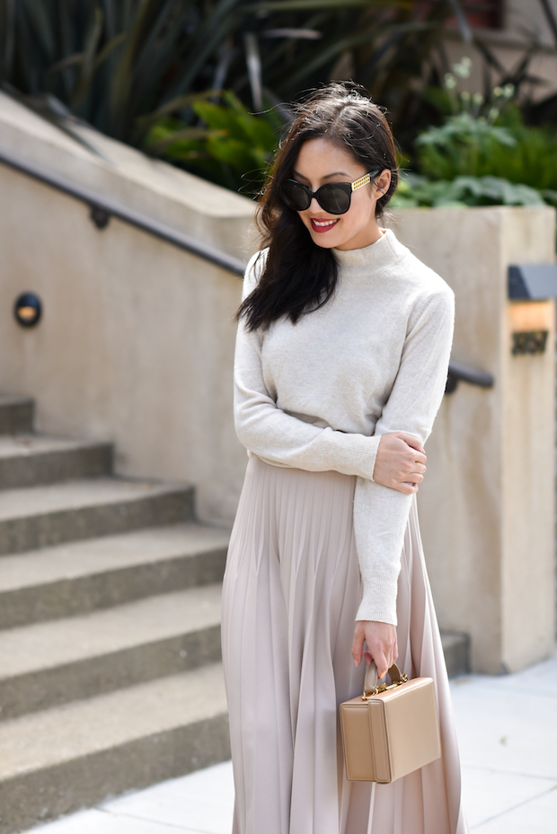 pleated-skirt-outfit-2