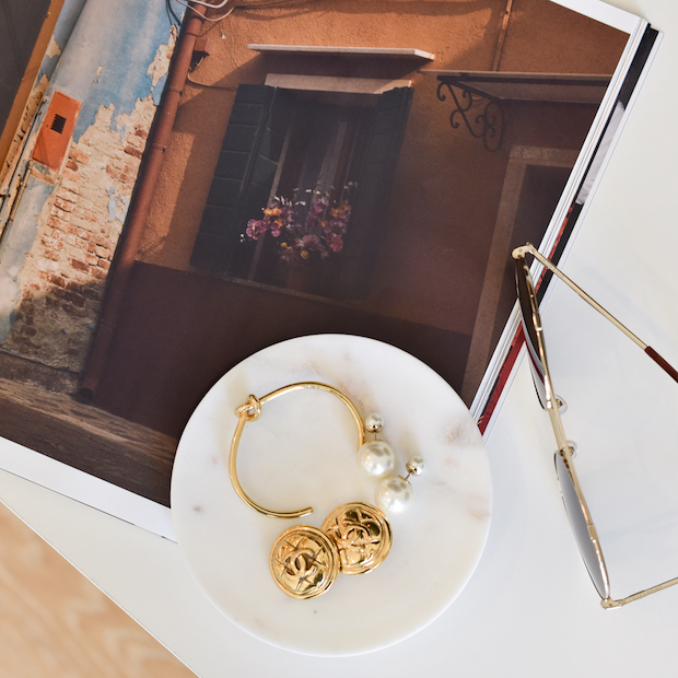 designer-jewelry-switch