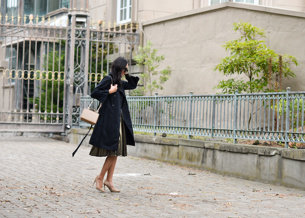 ann-taylor-trench-coat-pleated-skirt-2
