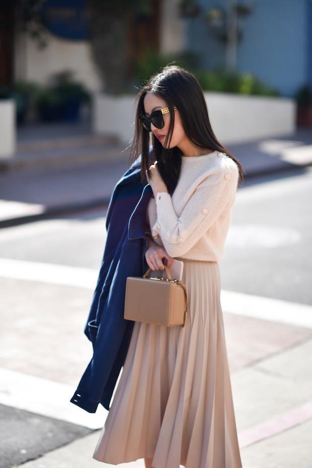 sezane-sweater-pleated-skirt-1