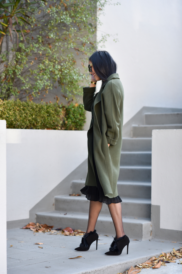olive-and-black-3