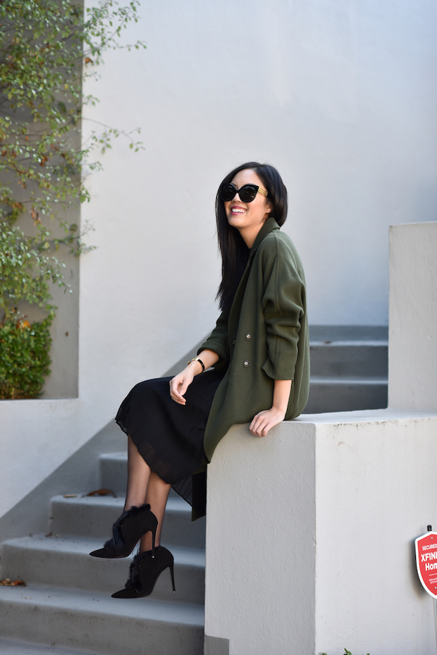 olive-and-black-2